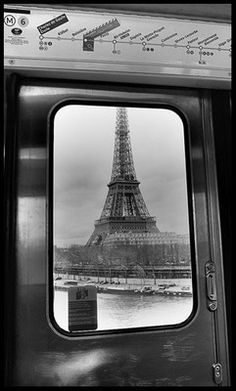 The Paris Métro M6 line between the Bir-Hakeim and Passy stations... This view of the Eiffel Tower