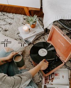 """305 Likes, 5 Comments - china kautz  (@olivepaperco) on Instagram: """"setting the mood for a crazy week ✨  #uoonyou #fpme"""""""