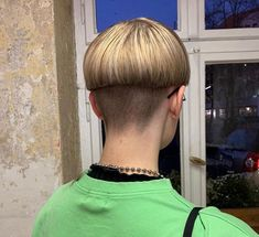Bowl Haircuts, Bowl Cut, Page Boy, Sexy, Hair Cuts, Hairstyle, Undercut, Bowls, People