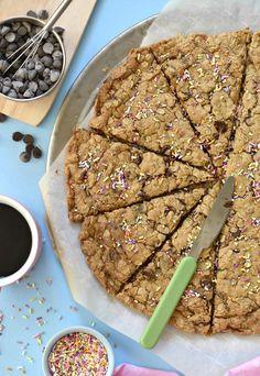 giant oatmeal chocolate chip cookie #vegan #glutenfree