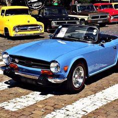 Triumph Car, Triumph Sports, British Car, British Sports Cars, Old School Cars, Super Sport Cars, Car Stuff, Cars And Motorcycles, Vintage Cars