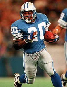 NFL'S GREATEST PLAYERS   ONE OF THE MOST EXCITING PLAYERS OF ALL TIME...BARRY SANDERS