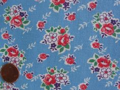 One VINTAGE FEEDSACK *  BLUE w/ CUTE FLOWER BOUQUETS or CLUSTERS * CLEAN!