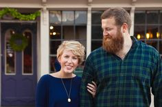 Season one of Home Town is officially over, which means we'll have to get our weekly fix of Mississippi's cutest home reno couple, hosts Erin and Ben Napier, in other ways. Here are 6 of their best decorating tricks from you can steal for your own house. Home Town Hgtv, Erin Napier, Hgtv Shows, Chip And Jo, Young Couples, Home Reno, Scarf Hairstyles, Small Towns, Old Houses