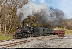 EV 11 Everett Railroad Steam 2-6-0 at Roaring Spring, Pennsylvania by Axel Bozier
