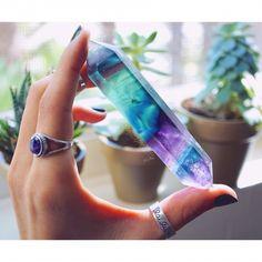 Fluorite Crystal Wand | Vivamacity