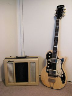 1958 National Town and Country guitar with Valco amp