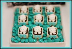 Little Big Company | The Blog: Breakfast At Tiffany's Themed Party by Mariana Sperb Party and Design
