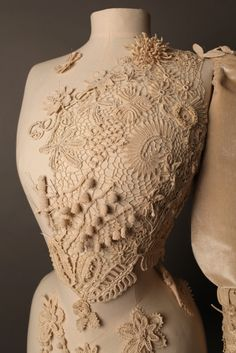 crocheted bust form commissioned by judith clarke for the simone handbag museum
