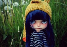 Sometimes it´s good to shed off that old skin, like snakes do. Buho. Blythe by Vainilladolly