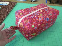 Tutorial for large make-up bag