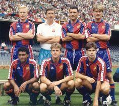 """Johan Cruyff y su """"Dream Team"""" Club Football, Best Football Players, Good Soccer Players, Football Soccer, Fc Barcelona, Barcelona Futbol Club, Camp Nou, The Good Son, Team Games"""
