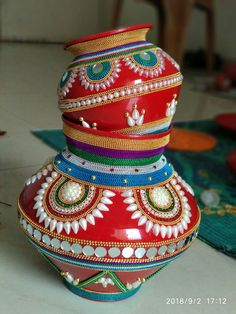 Arti Thali Decoration, Kalash Decoration, Ganapati Decoration, Pottery Painting Designs, Pottery Designs, Diwali Craft, Diwali Diya, Diy Diwali Decorations, Flower Decorations
