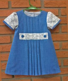 --------baby - infant - toddler clothes for girls - vestido - --------------Vestido  Trapézio com pregas frontais - Frontal Pleats A-Line Dress  ------   Molde Gratis --- Free Pattern in ................ https://www.facebook.com/groups/1594730384185604/  (RLevyFile-VestidoPregasFrontais 18m-FrontalPleatsDress18mo)