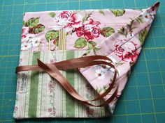 Needlecase featuring fabrics from Robyn Pandolph