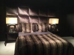 Macazz , bed Torino Www.macazz.com Beautiful Interior Design, Beautiful Interiors, Master Bedroom, Bedroom Decor, Bedroom Ideas, Dark Interiors, Awesome Bedrooms, Luxury Living, Room Interior