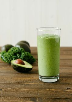 Avocado Kale Superfood Smoothie |