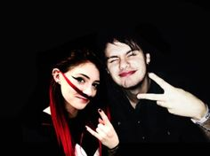 She has an amazing voice,beautiful self,AMAZE AND PERF cat eye makeup,& now she's friends with 5SOS.Could she get more perfect?