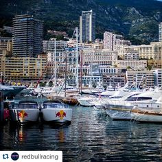More shots of our VanDutch 40s stealing the show!!! #redbull #redbullracing #redbullgivesyouwings #monaco #montecarlo #grandprix #monacogp #gp #f1 #formulaone #monacograndprix #racing #grandprixweekend #boat #boats #yachts #yachting #superyacht #sunday by 212yachts