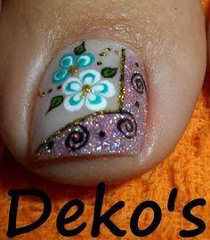 Pedicure Designs, Pedicure Nail Art, Toe Nail Designs, Nail Polish Designs, Toe Nail Art, Manicure And Pedicure, Summer Toe Nails, Spring Nails, Queen Nails