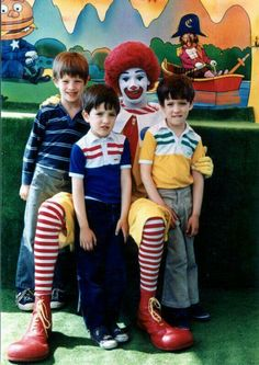 The 3 brothers and Ronald McDonald Scott Brothers, Twin Brothers, Cute N Country, Country Music, Jonathan Silver Scott, Andrew Scott, Property Brothers, The Brethren, Family Photos