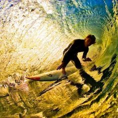 Ahh, to be in that wave! I actually dreamed I was surfing last night, then I woke up! LOL! -Venus