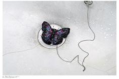 #butterfly  #jewelry #sarazorraquino #AlmudenaLópezCalafate #YODONA Magazine #Spain #Photo #Fashion #stilllife