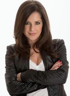 'General Hospital' Interview: Kelly Monaco Dishes On Sam Morgan's Mystery Illness, JaSam Scenes, Plus Her Relationship With Rebecca Herbst Kelly Monaco, General Hospital, Baby Daddy, Beautiful Actresses, Cute Hairstyles, Long Hair Styles, Celebrities, Celebs, Beauty