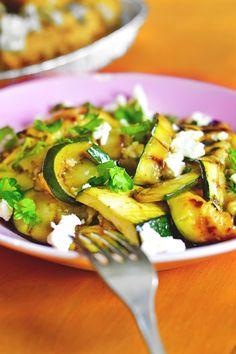 maistuu makialle: Grillattu ja Marinoitu Kesäkurpitsasalaatti Food Goals, Feta, Zucchini, Salad, Vegetables, Drinks, Drinking, Beverages, Salads