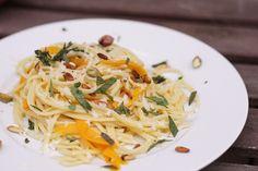 Pasta mit Kürbis und Minze | eatbakelove