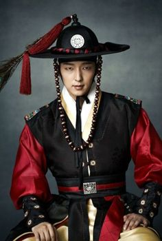 Lee Jun-ki gets into character as the magistrate » Dramabeans » Deconstructing korean dramas and kpop culture