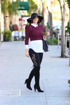 Lace Leggings | LA Fashion Blogger Laura Lily in Stella & Jamie and Stuart Weitzman
