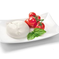 Fresh Buffalo Mozzarella: the proud of Italian cheesemaking! Enjoy your lunch!  Download Bravo Italy Gourmet app on Googleplay and Appstore  Buyers@bravoitalygourmet.it  #bravoitalygourmet #cheese #freshcheese #italiancheese #italianfood #italy #italianstyle #foodporn #foodie #yummy #instapic #picoftheday #foodlovers #foodpics #foodprops #instalovers #instagram #instagramers #mozzarella #buffalomozzarella #instafood #cheeseimporters #lunch #proud