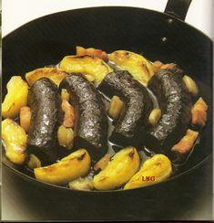 Spécialités culinaires Normandes boudin noir aux pommes