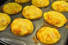 Rise and Shine! It's Bacon Cheddar Breakfast Muffin Time! - Page 2 of 2 - Recipe Roost Ham And Eggs, Delicious Breakfast Recipes, Yummy Food, Recipe Roost, Cheese Muffins, Egg Muffins, What's For Breakfast, Mexican Breakfast, Breakfast Pizza