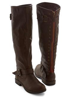 Casual Dress Code Boot in Brown