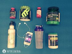 What's in your gym bag?   Realizing that you left something at home when you're on your run or pumping some iron is a real drag. Here are a few things that we always have in our gym bag to make sure that we get the most out of our time at the gym.