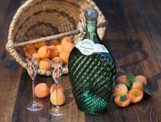 Die Obst-Alchemisten Ale, Bottle, Home Decor, Brewery, Deli Food, Fruit, Decoration Home, Room Decor