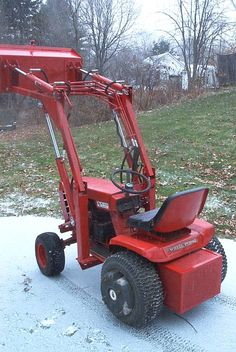 Engineering Do It Yourself Plans — Gallery - Tractor Small Tractors, Compact Tractors, Lawn Tractors, Garden Tractor Attachments, Atv Attachments, Heavy Equipment, Outdoor Power Equipment, Wheel Horse Tractor, Homemade Tractor