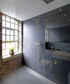 Bermondsey Warehouse Loft is a residential project designed by FORM Design Architecture and is located in London, England. FORM design architecture has completely refitted this Loft apartment in a. Warehouse Apartment, Warehouse Living, Warehouse Loft, Form Design, Design Case, Design Design, Design Ideas, Loft D'entrepôt, Togo Sofa