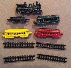 Small Metal Train Set w/ tracks, engine, cars red yellow black green mini  | eBay