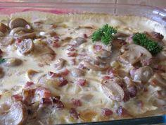 Hähnchenbrust in Pilz-Specksoße aus dem Ofen