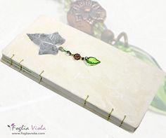 White Ivy Journal OOAK  #ivy #edera #whyte #green #verde #garden #fresh #leaf #foglia #ricepaper #enchanted #handmade #book #journal #notebook #sketchbook #copticstitch #bookbinding #fogliaviolastyle