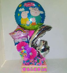 Balloon Crafts, Balloon Decorations Party, Peppa Pig, Ideas Para Fiestas, Balloon Bouquet, Holidays And Events, Party Gifts, Balloons, Centerpieces