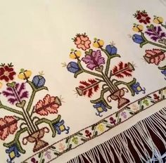 This post was discovered by Ayse Kara. Discover (and save!) your own Posts on Unirazi. Folk Embroidery, Embroidery Needles, Ribbon Embroidery, Cross Stitch Embroidery, Embroidery Patterns, Cross Stitch Borders, Cross Stitch Designs, Cross Stitching, Cross Stitch Patterns