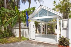 1112 Elgin Lane in Key West is a charming Key West cottage on a quiet lane in Old Town.  Parking is a delight with a gated carport off Stickney Lane.