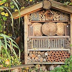 die besten 25 insektenhotel standort ideen auf pinterest bug hotel wildbienenhaus und. Black Bedroom Furniture Sets. Home Design Ideas