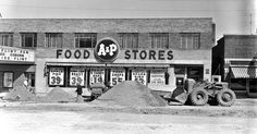 Looking back: Past grocery stores and vintage ads Grocery Ads, Grocery Store, Third Street, Main Street, Store Ads, Tea Companies, Buy Photos, Treasure Island, Shopping Center