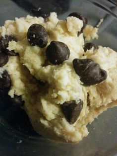 I've been meaning to revisit this recipe since Trim Healthy Mama came out with their baking blend, and it's so yummy. If you've wondering what the original Raw Cookie Dough rec… Trim Healthy Mama Plan, Trim Healthy Recipes, Low Carb Recipes, Healthy Snacks, Snack Recipes, Cooking Recipes, Healthy Eating, Dessert Recipes, Protein Recipes