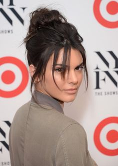 Hair Hair Bangs Kendall Jenner Trendige Ideen Why you need the Flat iron sedu tourmaline T Pelo Kendall Jenner, Kendall Jenner Makeup, Kendall Jenner Haircut, Kylie Jenner, Celebrity Hairstyles, Hairstyles With Bangs, Cool Hairstyles, Halloween Hairstyles, Hairstyle Short